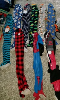 KIDS ONESIE PJS LOT OF 9 SIZE 5T Fountain Inn, 29644