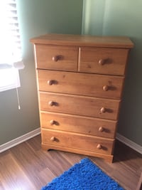 brown wooden 5-drawer tallboy dresser Ottawa, K1W 1G3