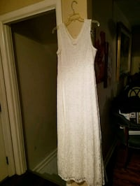 White dress Louisville, 40220