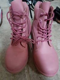 Pink boots size 36 Fall River, B2T 1P7