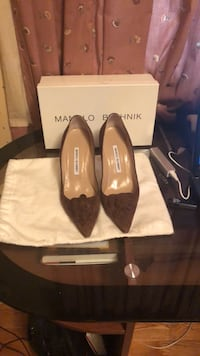 Suede Manolo Blahnik Pumps Temple Hills, 20748