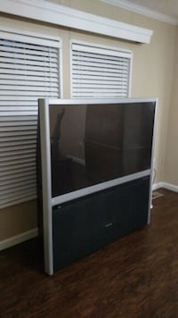"57"" Toshiba TheaterWide HD TV Church Hill, 37642"