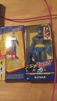 Mini Batman and Superman mini figures. Super heroes. Not easy to find only $22 for the pair. Laval, H7Y 2C1