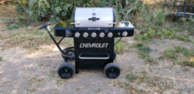 Photo CHEVY BBQ GRILL ????