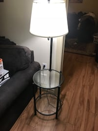 Glass sidetable with Lamp Welland, L3C 4J2