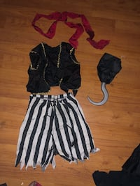 6 to 12 month old pirate costume  West Covina