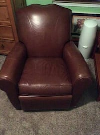 Chestnut Brown leather reclining ROCKING chair Roseville, 95661