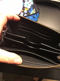 black leather Michael Kors wallet Centreville, 20121