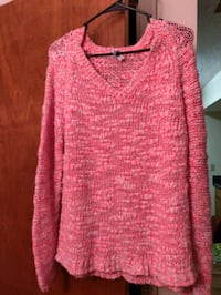pink knitted v-neck sweater Cleveland, 37311