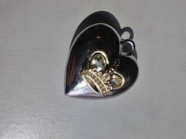 Heart crown pendant by Juicy Couture