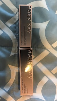 Mary Kay concealer and lip gloss Albuquerque, 87105