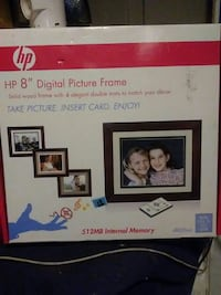"""HP 8"""" Digital Picture Frame"""