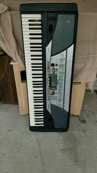 black and white electronic keyboard Shafter, 93263