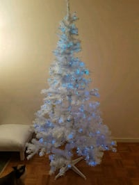 White Christmas tree with blue lights  6,5 ft Toronto, M2M 4B9