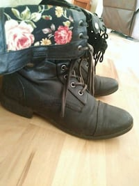 Combat boots shows some wear size 7 Camano Island, 98282