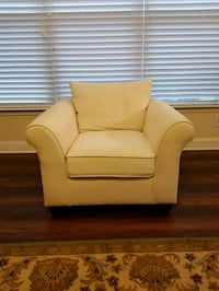 Pottery Barn Arm Roll Chair Huntersville, 28078