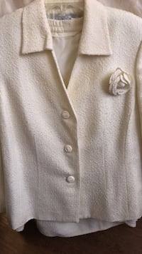 Cream color tweed 2 piece suite  Washington, 20017