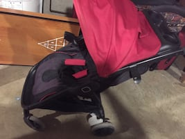 Safety first jogging stroller (step and Go) in good condition