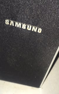 Samsung thin tall speakers 524 km