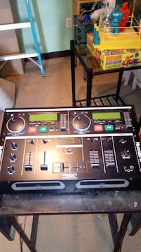 Dj dual CD player with case