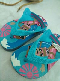 toddler's pair of blue sandals Lemoore, 93245