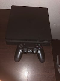 Play station 4 Slim Daytona Beach, 32114