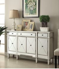 """BEAUTIFUL Console Mirrored Cabinet OMG !! (Cash $683), or Finance only $42 down!!  60""""x14""""x36"""" Houston, 77092"""