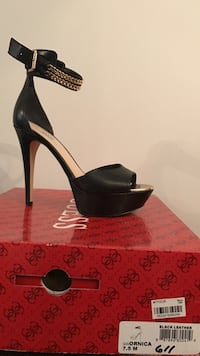 unpaired black leather open-toe pump with box Cumberland, 02864