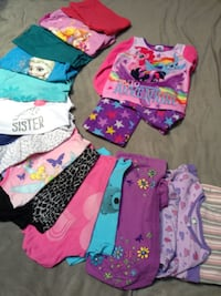 Girls Size 4-5 Clothes lot  Federal Way, 98023