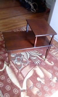 Antiqur end table. Toronto, M6K 2L6