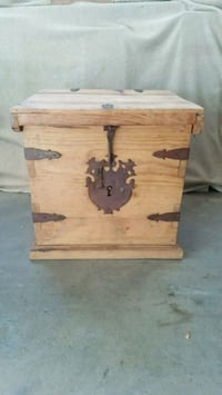 Small Vintage Chest North Haven, 06473