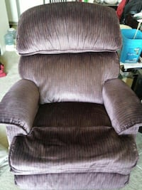 brown cushion armchair Red Deer, T4N