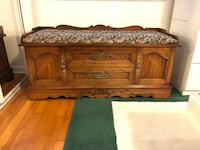 Lane cedar lined  chest with padded top Virginia Beach, 23454