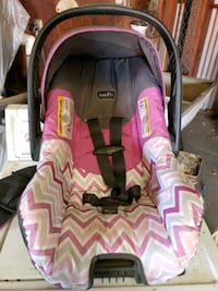 Baby girl car seat Porterville, 93257