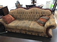 Brown and gray floral fabric loveseat Brampton, L6Y 6B2