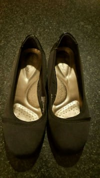 pair of black leather flats Martinsburg, 25404