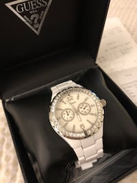 GUESS white stainless steel watch 542 km