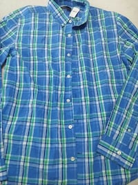 Large GAP button up