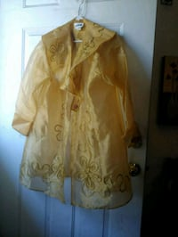Gold jacket missing 1 button but in good conditio Hampton, 23666