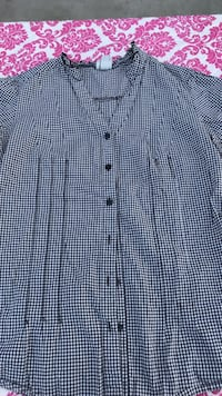 Blue and white grid button-up t-shirt xtra small