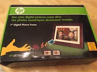 "New in box 7"" digital picture frame Toronto, M6N 4X5"