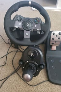 Logitech G920 Wheel, pedals, and shifter for XBOX 1 Norfolk, 23513