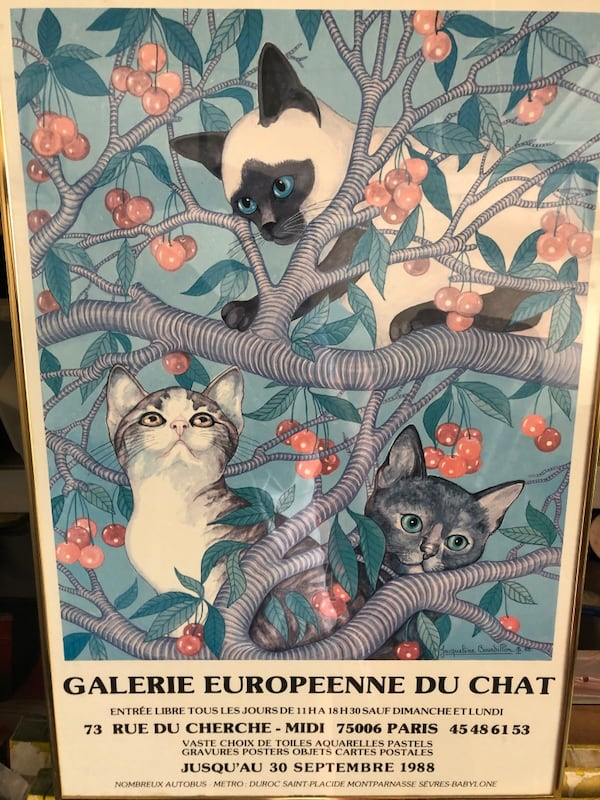 Vintage cat poster in gold frame aa54dbb1-a938-40a3-acf3-6d159e48b2eb