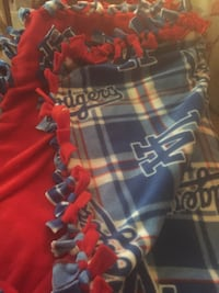 Taking Orders Tie Knot Blankets Small Medium Large Prices varies Indio, 92203