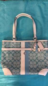 Coach leather with logo hand bag - blue and white Vaughan, L4J 0G8