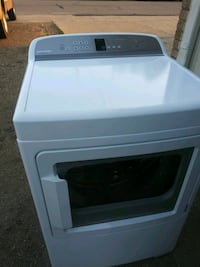 Year old Fisher Paykel dryer Canton, 44705