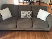 Loveseat and couch set  Arlington, 22202