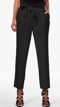 RACHEL Rachel Roy Paper Bag Tapered Trousers in Black Size:6US Richmond, V7E