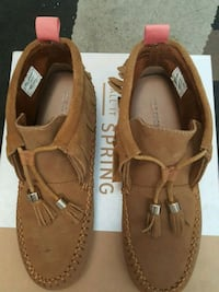 pair of brown leather shoes OBO Toronto, M1P 4X6