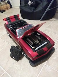red and black RC convertible Edgewood, 21040